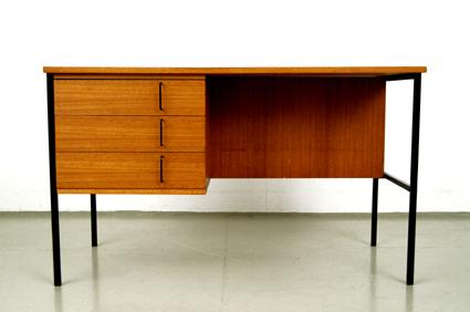 magasin m bel 60er jahre teak schreibtisch von rego m bel 313. Black Bedroom Furniture Sets. Home Design Ideas